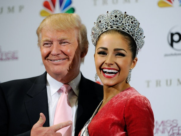 LAS VEGAS, NV - DECEMBER 19:  Donald Trump (L) poses with Miss USA 2012, Olivia Culpo, at a news conference after she was named the new Miss Universe during the 2012 Miss Universe Pageant at PH Live at Planet Hollywood Resort & Casino on December 19, 2012 in Las Vegas, Nevada.  (Photo by David Becker/Getty Images)