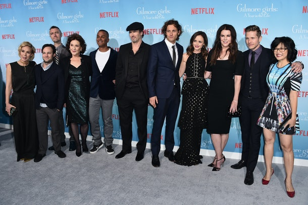 LOS ANGELES, CA - NOVEMBER 18:  (L-R) 'Gilmore Girls: A Year In The Life' Cast - Liza Well, Danny Strong, Sean Gunn, Kelly Bishop, Yanic Truesdale, Scott Patterson, Tanc Sade, Alexis Bledel, Lauren Graham, Matt Czuchry and Keiko Agena attend the premiere of Netflix's 'Gilmore Girls: A Year In The Life' at the Regency Bruin Theatre on November 18, 2016 in Los Angeles, California.  (Photo by Alberto E. Rodriguez/Getty Images)
