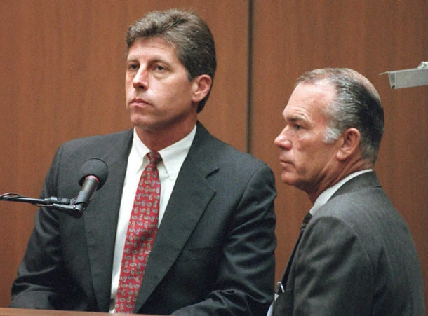 LOS ANGELES, CA - SEPTEMBER 6:  Former Los Angeles police Detective Mark Fuhrman (L) took the witness stand again 06 September with his attorney Darryl Mounger (R) during the O.J. Simpson double murder trial. Fuhrman invoked his Fifth Amendment right against self-incrimination saying 'I wish to assert my Fifth Amendment' Fuhrman said to all of defense attorney Gerald Uelmen questions.  AFP PHOTO  (Photo credit should read POO/AFP/Getty Images)