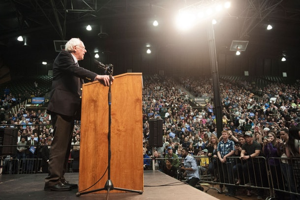 US Democratic presidential candidate Bernie Sanders addresses a rally at Colorado State University's Molby Areana in Ft. Collins, Colorado, February 28, 2016.  / AFP / Jason Connolly        (Photo credit should read JASON CONNOLLY/AFP/Getty Images)