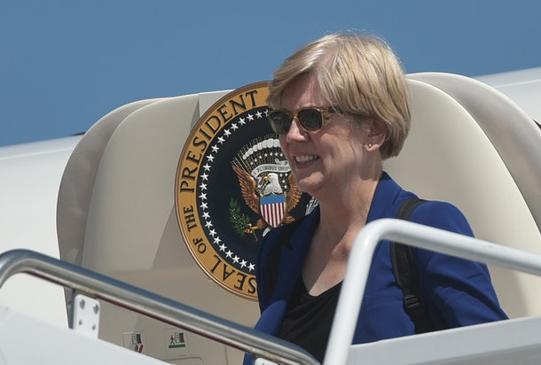 Senator Elizabeth Warren, D-MA, steps off Air Force One upon arrival at Andrews Air Force Base in Maryland on September 7, 2015. Warren returned to Washington with US President Barack Obama who was in Boston to address the Greater Boston Labor Council Labor Day Breakfast. AFP PHOTO/MANDEL NGAN        (Photo credit should read MANDEL NGAN/AFP/Getty Images)