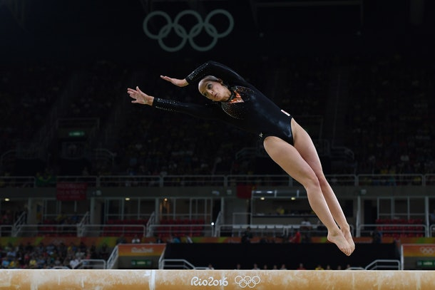 Netherlands' Sanne Wevers competes in the women's balance beam event final of the Artistic Gymnastics at the Olympic Arena during the Rio 2016 Olympic Games in Rio de Janeiro on August 15, 2016. / AFP / Toshifumi KITAMURA        (Photo credit should read TOSHIFUMI KITAMURA/AFP/Getty Images)