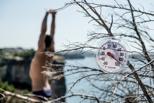 Ryan Seacrest, Dev Patel really raising the height average