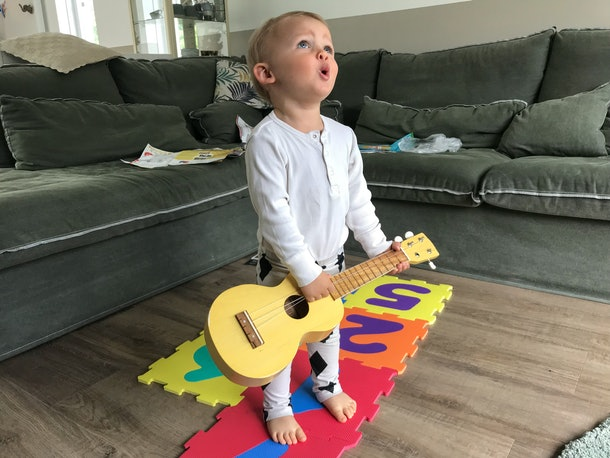 Your baby can learn to love music with these online classes to do with your baby.