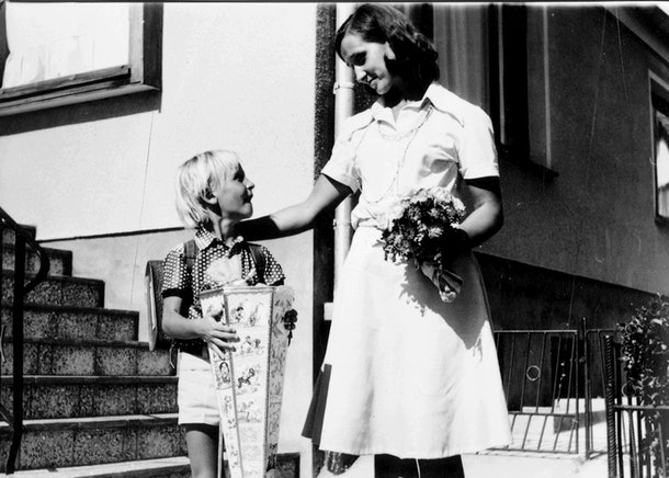 This vintage back to school photo shows a German student starting elementary school.