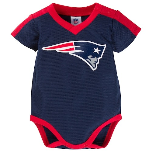 7 Adorable Baby Onesies For Patriots Fans Because They ve Basically ... f2a98ba2d