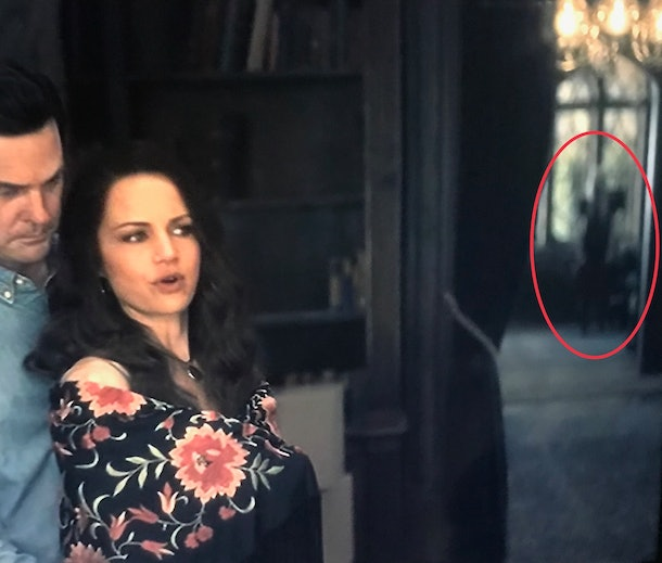 34 Haunting Of Hill House Ghosts You Might Have Missed Because Those Spirits Are Sneaky