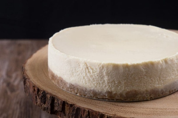 new york cheesecake recipe you can make in an Instant Pot for Thanksgiving dessert