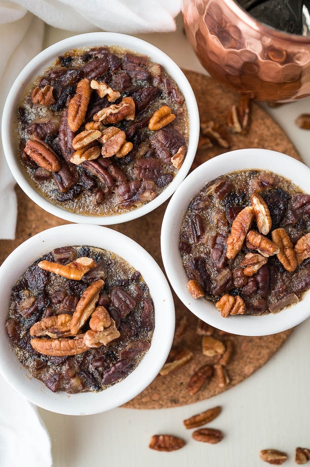 Mini maple bacon pecan pies make up quickly in your Instant Pot for Friendsgiving 2019.