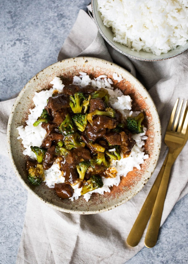 slow cooker beef and broccoli over white rice