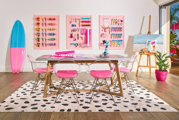 Craft/hobby room at barbie malibu dream house