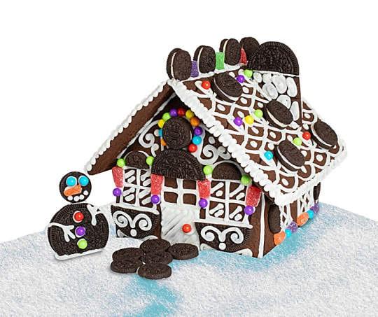 Orea chocolate cookie house kit