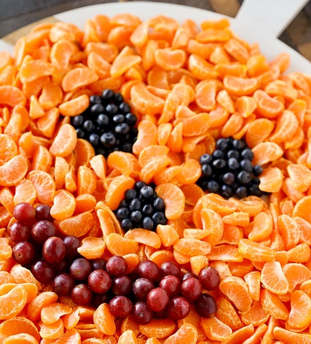Jack o' Lantern Halloween fruit tray