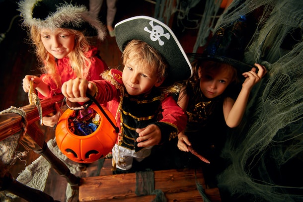 """Kids saying """"trick or treat"""" isn't a requirement to get candy."""