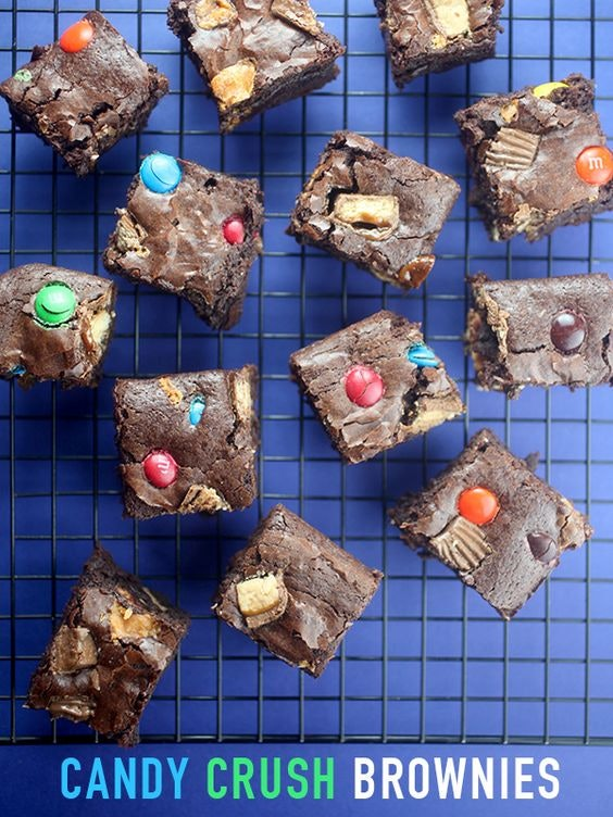 Things To Make With Leftover Halloween Candy, Candy Crush Brownies