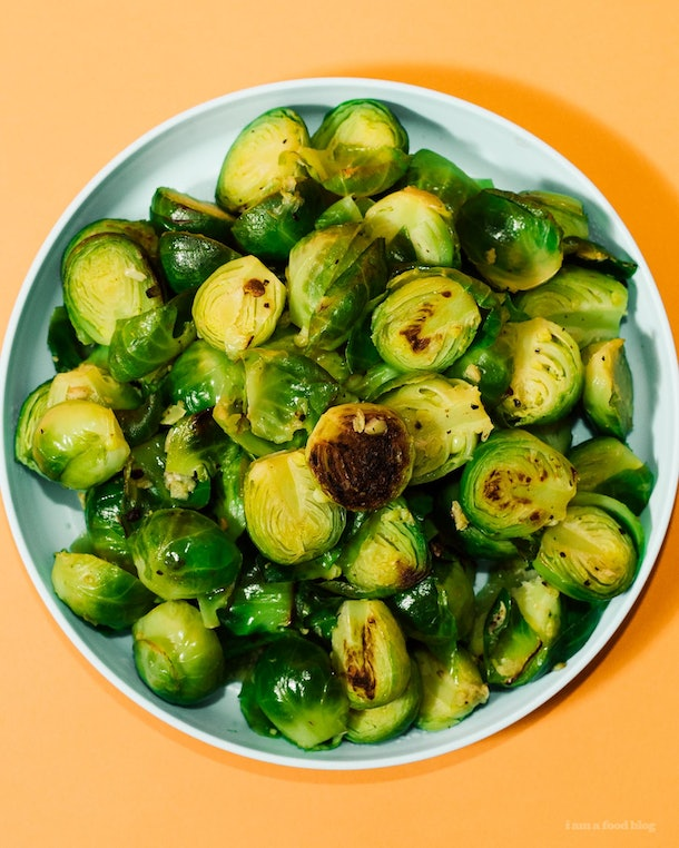 Instant Pot Garlic Butter Brussels Sprouts are an easy side dish to make for Friendsgiving 2019.
