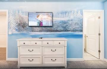 Watch 'Frozen' while surrounded by the film's beauty