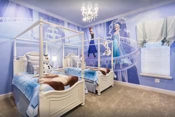 'Frozen' bedroom lets you sleep in style