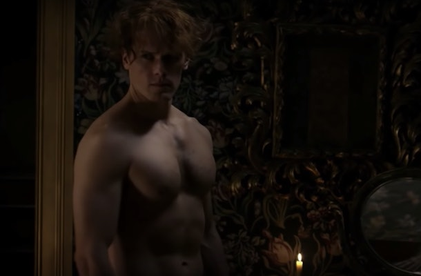 An image of Jaime Fraser in the buff.