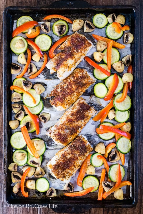 sheet pan cod and vegetables
