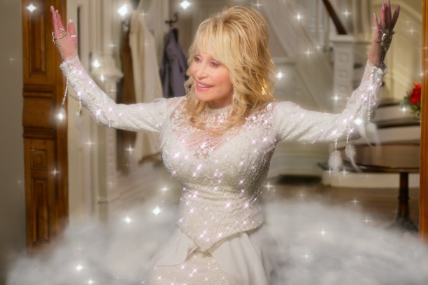 Dolly Parton adds magic to this Christmas special
