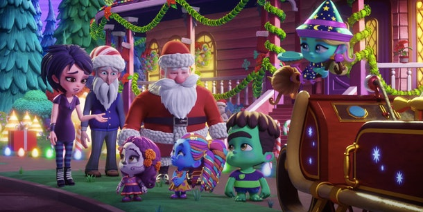 The Super Monsters help Santa save the day