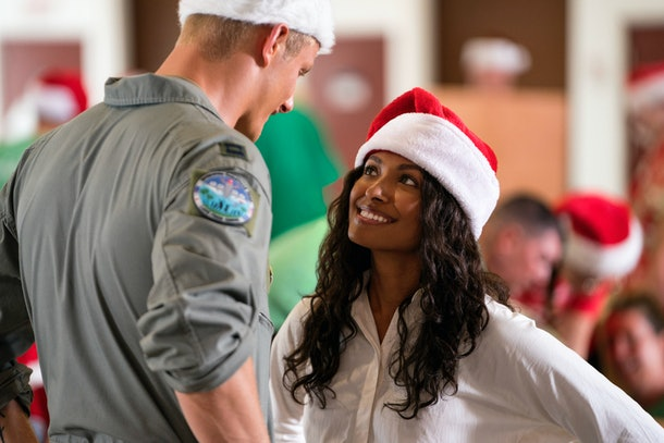 A pilot and a government worker find common ground around the holidays