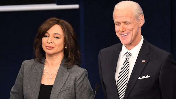 """Pictured: (l-r) Maya Rudolph as Kamala Harris and Jim Carrey as Joe Biden during the """"First Debate"""" Cold Open on Saturday, October 3, 2020 -- (Photo by: Will Heath/NBC)"""