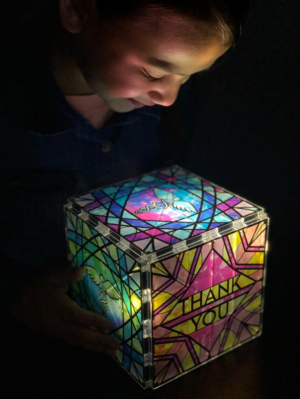 Luminary Magna-Tiles to help healthcare workers