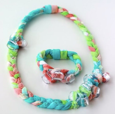 Making tie dye fabric jewelry is a tie-dye craft to do with your kids.