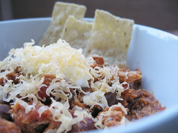 Shredded chicken chili can be made in the slow-cooker on a school night