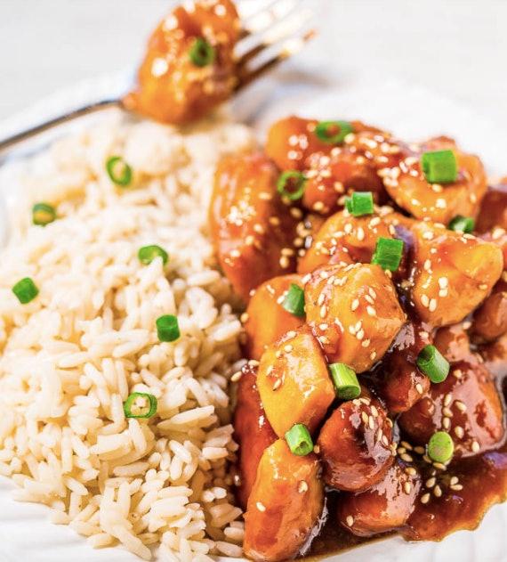 make this slow-cooker orange chicken on school nights