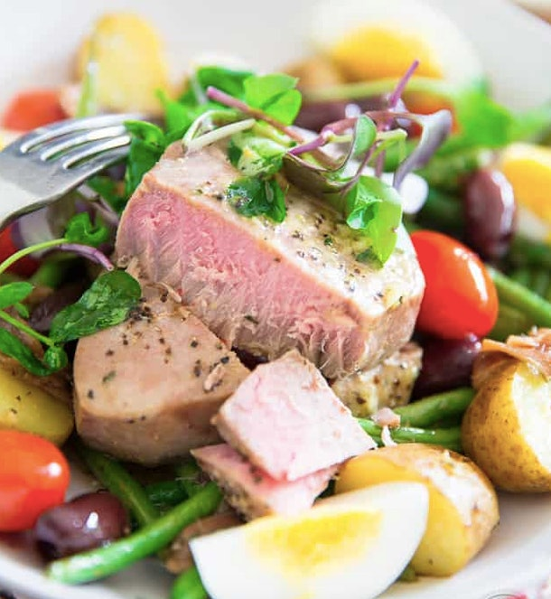 Sheet pan salad nicoise