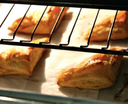 Volvanes are an easy after-school snack kids can help make